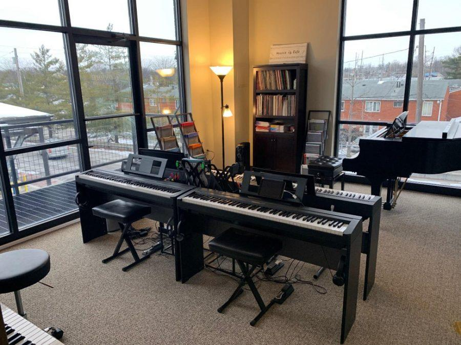 The+new+location+of+the+Oxford+Music+Academic+has+bright%2C+spacious+lesson+rooms.+Photo+by+Josiah+Collins+