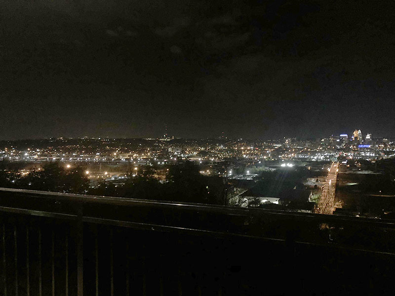 The+nighttime+view+of+downtown+Cincinnati+from+the+Incline+Public+House+offers+a+spectacular+light+show.+Photo+by+Peyton+Gigante.