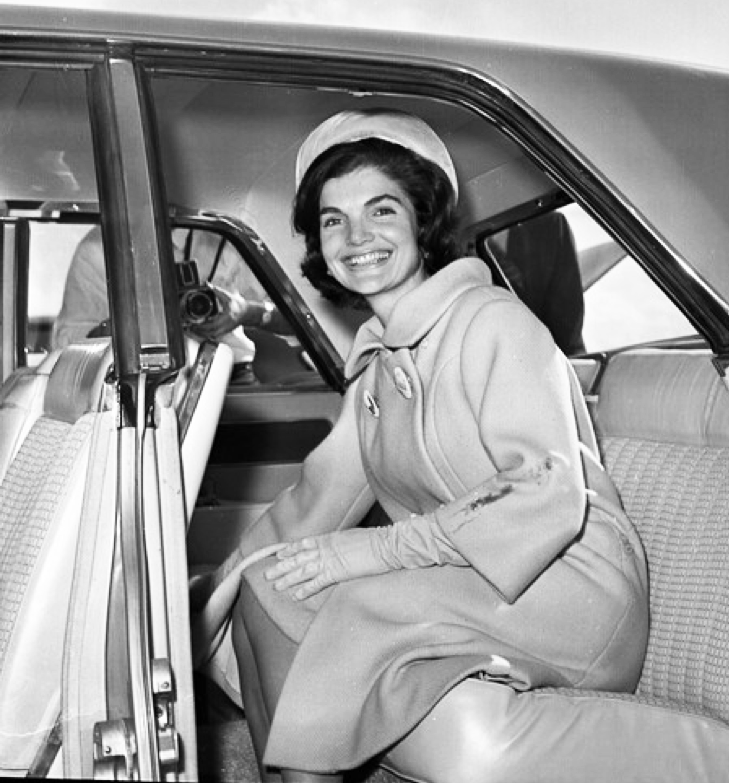 Jackie Kennedy photographed in Palm Beach in 1961. Photo from Flickr