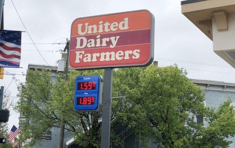 Regular gas was \$1.59 per gallon at the UDF on High Street, Thursday. <em>Photo by Halie Barger</em>