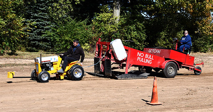 Schwab+Family+tractor+pull.