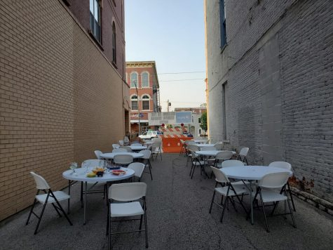 Fiesta Charra set up tables in the ally next to their building to safely accomidate more patrons