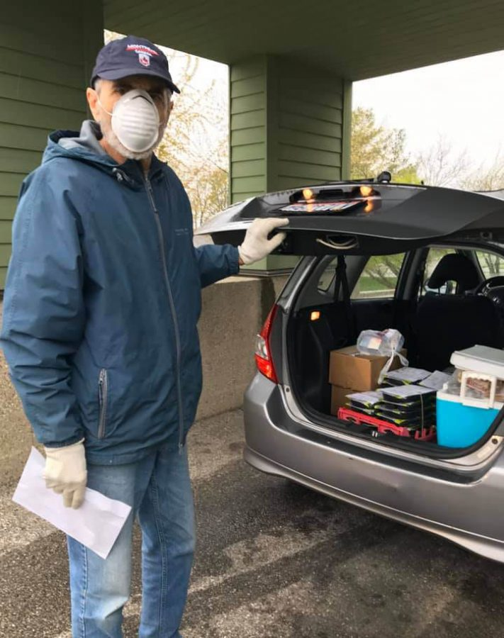 A volunteer from Oxford Seniors delivers Meals on Wheels in Oxford, one of the services that received support from United Way.