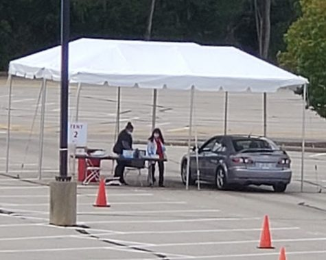 Drive-through COVID-19 testing at Millett Hall for students returning to campus this week