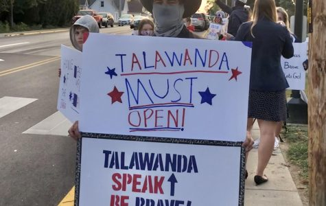 Parents protest Talawanda school's decision to conduct classes online