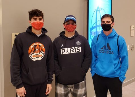New policy requires students to wear masks at all times while on campus