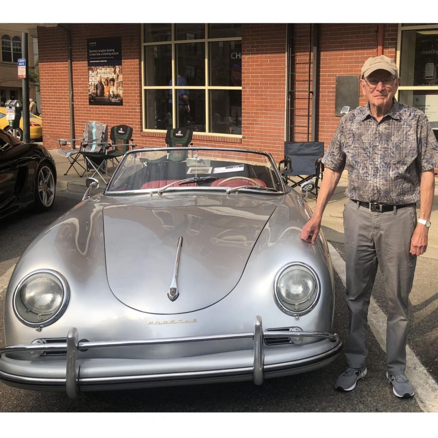 Dick+Snyder+with+his+silver+1959+Porsche.