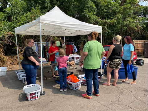 Thread Up Oxford hosted a free clothing shopping venture with Talawanda Oxford Pantry Social Services (TOPSS) in August.